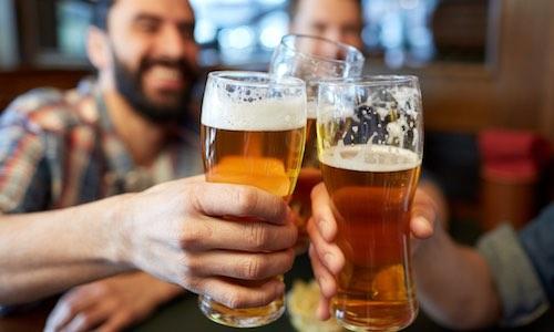 CityGames Bochum JGA Männer Tour: Junggesellenabschied Bier Begrüßung Start